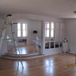 Before picture of Pure Vibes Dance studio in Chicago prior to painting and design consultation of paint colors